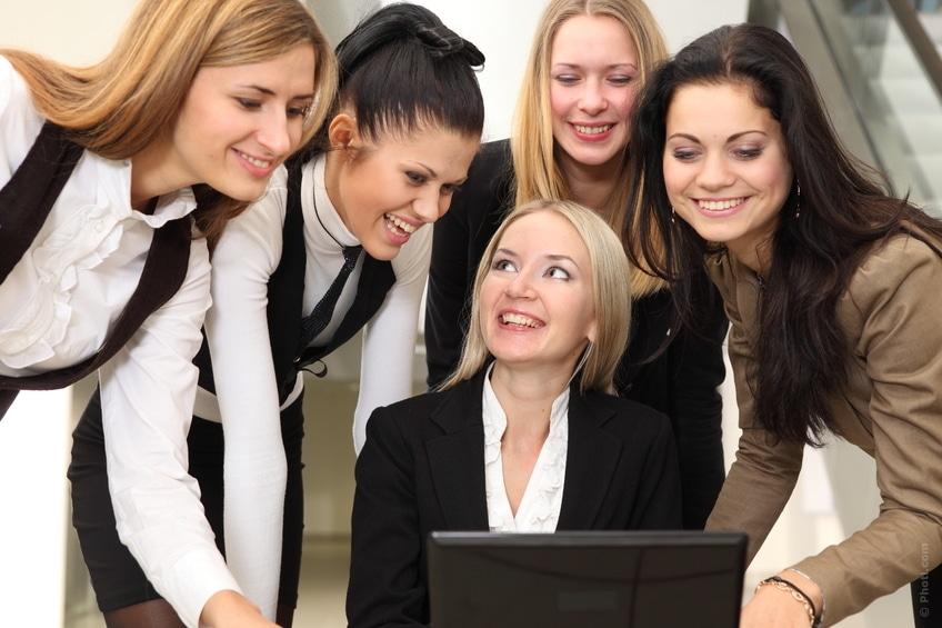 femmes qui réseautent