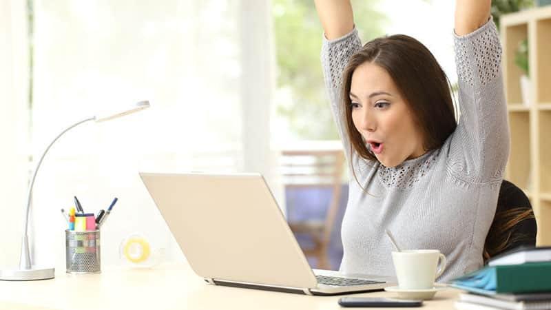 Comment faire des affaires sur Internet et dénicher des contrats lucratifs?