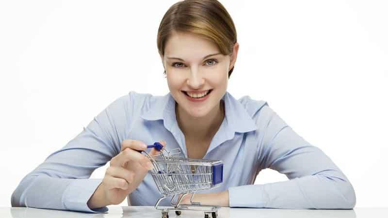 women with cart e