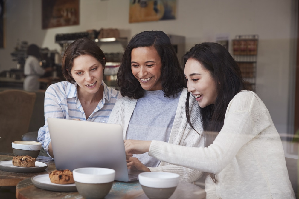 s'entraider entres femmes entrepreneure